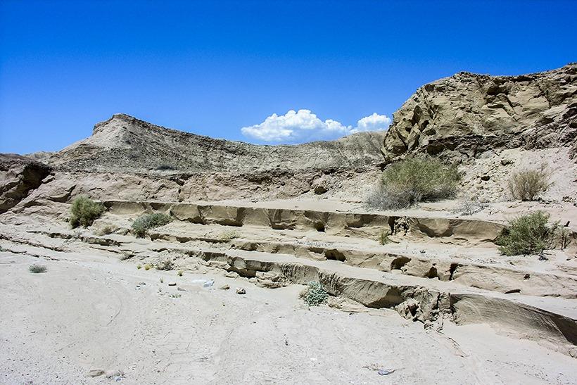 The adventure portal-Flash flood evidence Canyon Sin Nombre-anza borrego state park