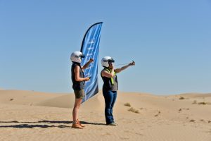 Rebelles navigating their way across the dunes.
